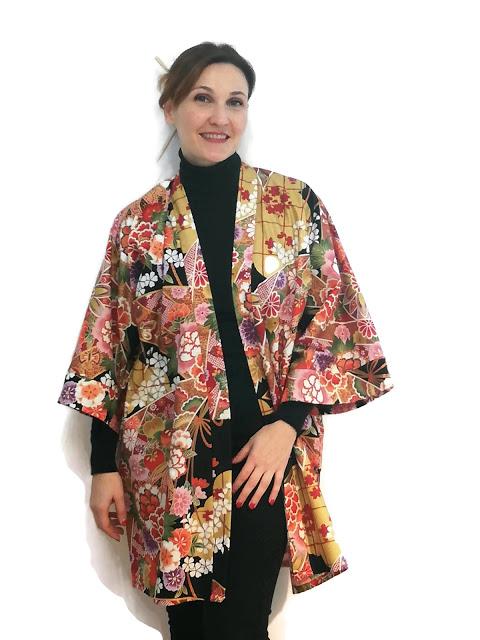 ccb08 kimono2bla2bretalera2bgilded2b12b252812529 - La Retalera